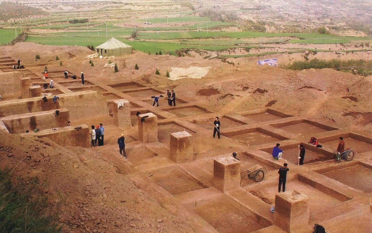 西周墓葬结构图片